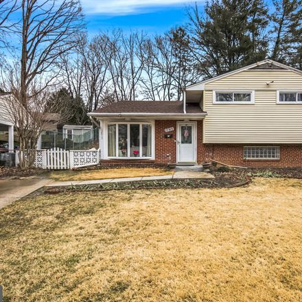 Rent this 3 bed house on Grenoble Dr in Rockville, MD