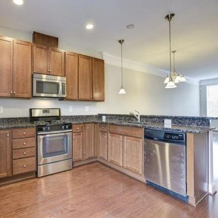 Rent this 3 bed condo on 154 Linden Place in Towson, MD 21286