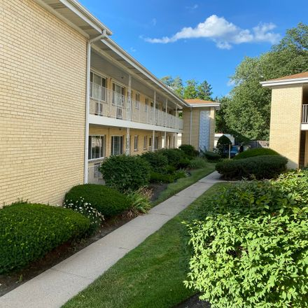 Rent this 1 bed townhouse on 1035 North Northwest Highway in Park Ridge, IL 60068