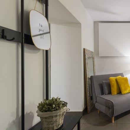 Rent this 2 bed apartment on METROPA in Calle de Verónica, 9BIS-TALLER