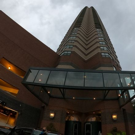 Rent this 1 bed condo on New York Building Groceries in 3660 North Lake Shore Drive, Chicago