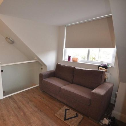 Rent this 0 bed apartment on 66 Greyhound Hill in London NW4 4JR, United Kingdom