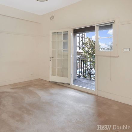 Rent this 2 bed apartment on 10/121-129 William Street
