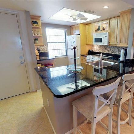 Rent this 3 bed condo on 5220 Gulf of Mexico Dr in Longboat Key, FL