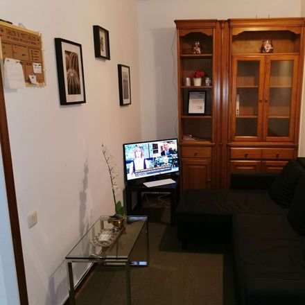 Rent this 3 bed room on Calle del Arenal