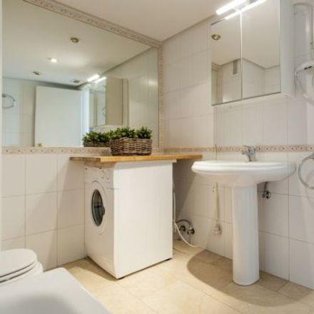 Rent this 2 bed apartment on Calle de Núñez de Balboa in 118, 28006 Madrid