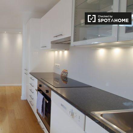 Rent this 1 bed apartment on Rue du Berceau - Prieelstraat 1 in 1000 Ville de Bruxelles - Stad Brussel, Belgium