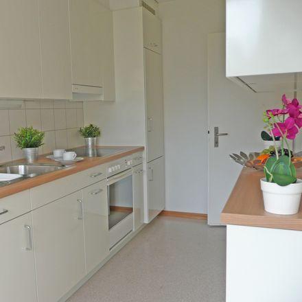Rent this 4 bed apartment on Winkelriedstrasse in 8203 Schaffhausen, Switzerland