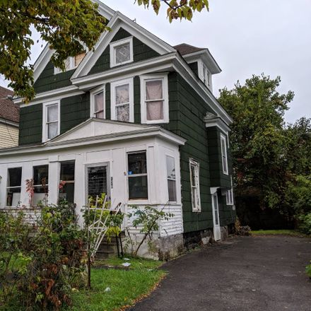 Rent this 3 bed apartment on E Matson Ave in Syracuse, NY
