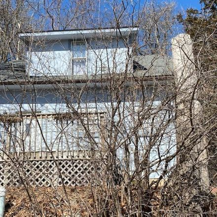 Rent this 3 bed house on 1114 Cameron Street in Eau Claire, WI 54703