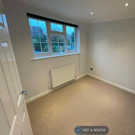 Rent this 3 bed house on Heather Close in Waverley GU9 8SD, United Kingdom