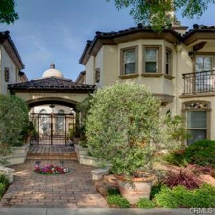Rent this 3 bed townhouse on S Marengo Ave in Pasadena, CA