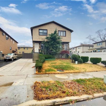 Rent this 3 bed house on 634 Laconia Avenue in New York, NY 10306