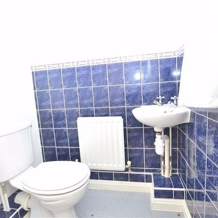 Rent this 3 bed house on Old Bourne Way in Stevenage SG1 6AE, United Kingdom