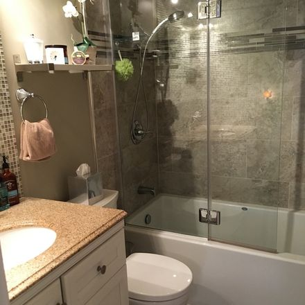 Rent this 1 bed room on Florida Atlantic University - Fort Lauderdale Campus in Southeast 1st Avenue, Fort Lauderdale