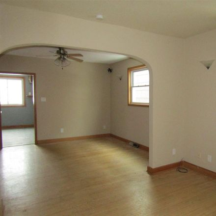 Rent this 2 bed house on 1620 Iowa Avenue in Superior, WI 54880