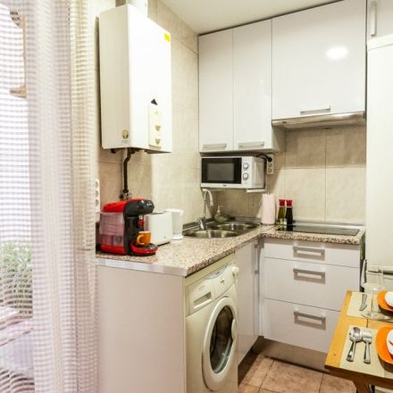 Rent this 1 bed apartment on Parquímetro in Calle de la Cebada, 28001 Madrid