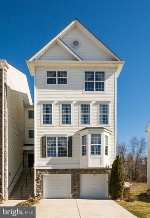 Rent this 3 bed townhouse on 140 Mohegan Drive in Havre de Grace, MD 21078
