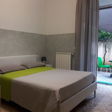 Rent this 3 bed room on 01555 Rome RM