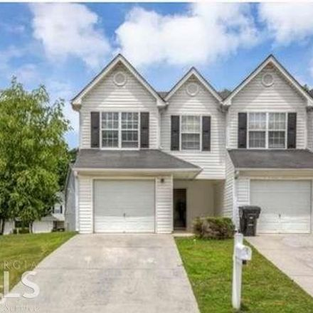 Rent this 3 bed townhouse on Gallant Cir in Mableton, GA