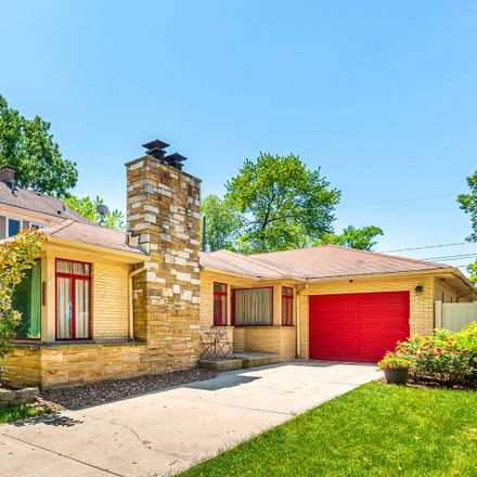 Rent this 3 bed house on 10628 South Hamilton Avenue in Chicago, IL 60643
