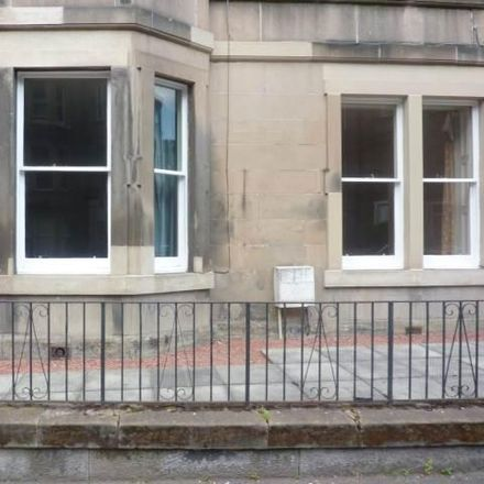 Rent this 4 bed apartment on 28 Polwarth Crescent in City of Edinburgh EH11 1HS, United Kingdom