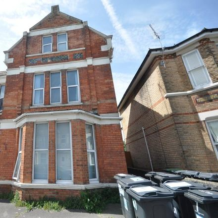 Rent this 1 bed room on St James's Square in Holdenhurst BH5 2BH, United Kingdom