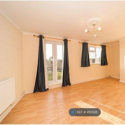 Rent this 3 bed apartment on Marshe Close in Hertsmere EN6 5NT, United Kingdom