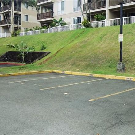 Rent this 3 bed loft on Wikao St in Mililani Town, HI