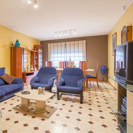 Rent this 2 bed apartment on Rua das Camélias in 4425-015 Ermesinde, Portugal