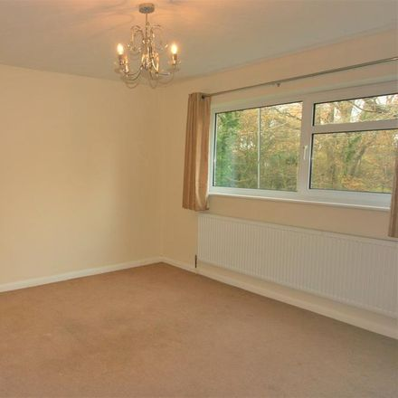 Rent this 4 bed house on Hemwood Dell in Hemwood Road, Oakley Green SL4 4YU