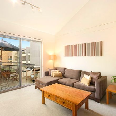 Rent this 3 bed apartment on 46/20 Eve Street