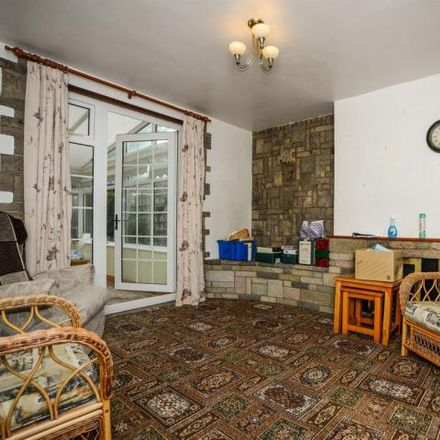 Rent this 3 bed house on Trafford Road in Rushden, NN10 0JF