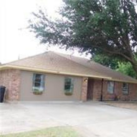 Rent this 3 bed house on 1641 Pemelton Drive in Abilene, TX 79601