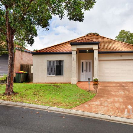 Rent this 4 bed house on 18 Kirrama Place