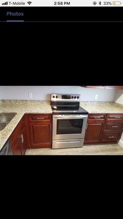 Rent this 1 bed room on 696 Beechwood Street in Jacksonville, FL 32206