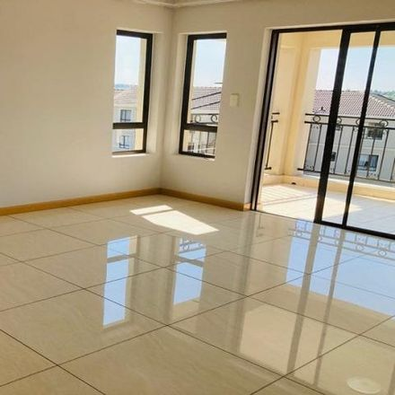 Rent this 2 bed townhouse on Lyncon Road in Carlswald, Midrand