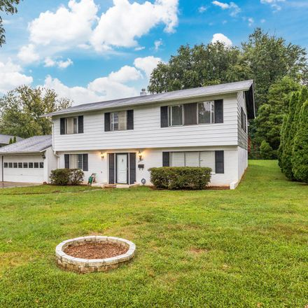 Rent this 3 bed house on 4953 Killebrew Drive in Ravensworth Grove, Annandale