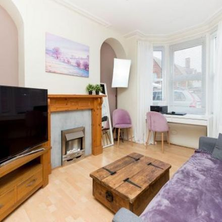 Rent this 1 bed apartment on 68 Gordon Road in Wellingborough NN8 1EP, United Kingdom