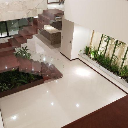 Rent this 4 bed apartment on Calle Lago Ostión in Delegaciön Santa Rosa Jáuregui, 76100 Juriquilla