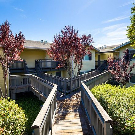 Rent this 1 bed apartment on 852 Brookwood Avenue in Vallejo, CA 94591