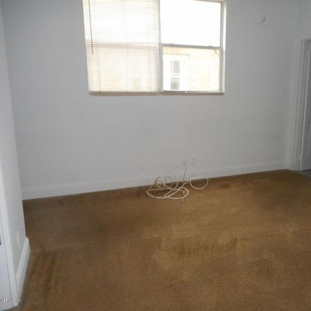 Rent this 1 bed duplex on 2604 Post Street in Jacksonville, FL 32204