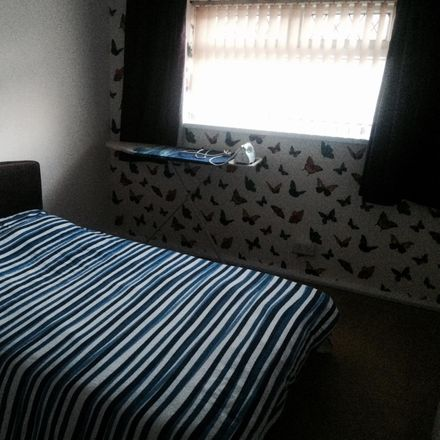 Rent this 3 bed room on Kewstoke Avenue in Cardiff, United Kingdom