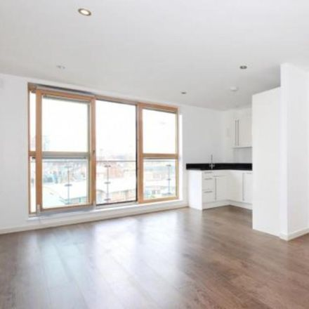 Rent this 1 bed apartment on Tesco Express in Belvedere Place, London SE1 0AJ