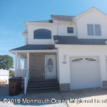 Rent this 3 bed house on 405 Bayview Avenue in Berkeley Township, NJ 08721