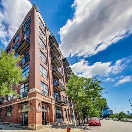 Rent this 1 bed loft on 1250 West Van Buren Street in Chicago, IL 60607