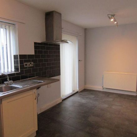 Rent this 3 bed house on Beckett Road in Doncaster DN2 4LE, United Kingdom