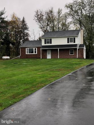 Rent this 3 bed house on Hill Rd in Perkiomenville, PA