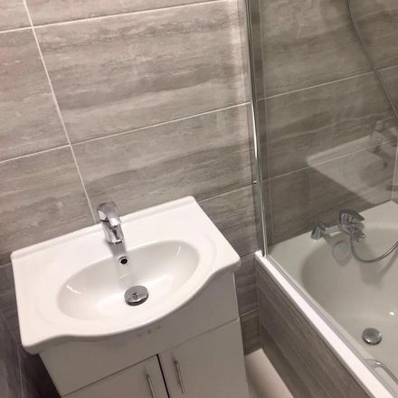 Rent this 4 bed room on Dale House in Boundary Road, London NW8 0HG