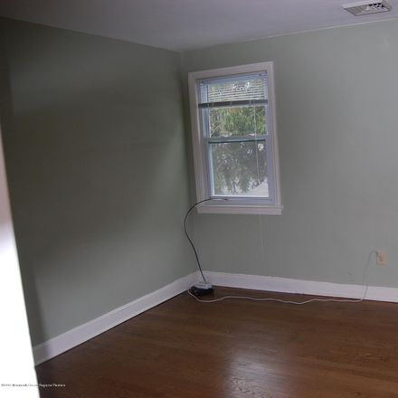 Rent this 1 bed apartment on 12 Oldfield Place in Red Bank, NJ 07701